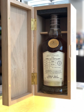 Gordon & Macphail Caol ila Distillery 1984 Batch 18/062 CONNOISSEURS CHOICE